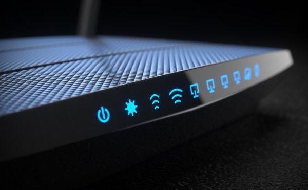 ¿Qué debemos evitar hacer con nuestro router
